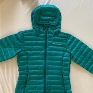 Teal Columbia down jacket - excellent condition